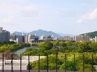 広島市 パセーラから見える広島城と街並み。の写真・画像素材[2412752]