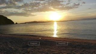 北条の海の夕日の写真・画像素材[2414243]