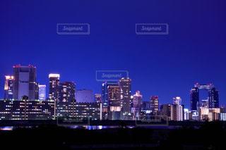 淀川からの梅田の夜景の写真・画像素材[2650813]