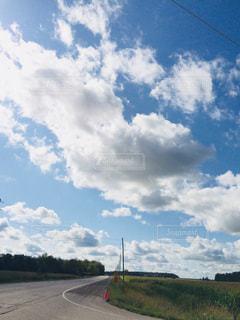 空の雲の写真・画像素材[2423059]