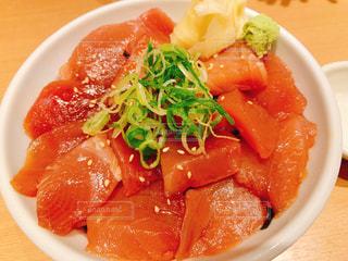 マグロ丼の写真・画像素材[2423191]