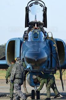 離陸準備中の航空自衛隊 RF-4EファントムII 偵察機の写真・画像素材[2425470]