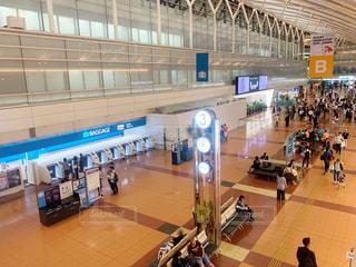 空港の出発ロビーの写真・画像素材[2433702]
