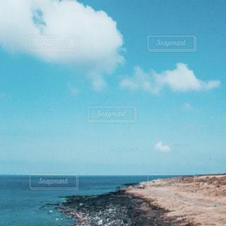 海辺の写真、伊豆大島の写真・画像素材[2464496]