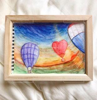 壁に絵を描くの写真・画像素材[3215951]