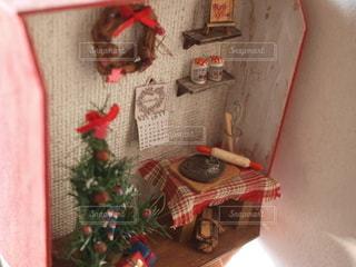 クリスマスのドールハウスの写真・画像素材[2435264]