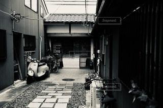 モノクロの奈良町の写真・画像素材[2511064]