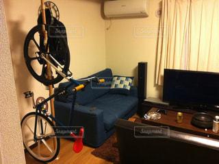 部屋の自転車置場の写真・画像素材[2427357]