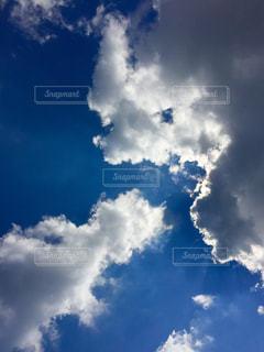 青空と雲の写真・画像素材[2425741]