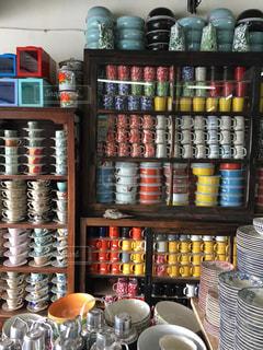 バリ島の食器屋の写真・画像素材[2426218]