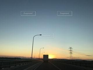 都市の夕日の写真・画像素材[2428360]