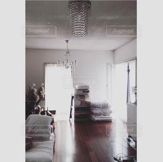 リビングルームの眺めの写真・画像素材[2432137]
