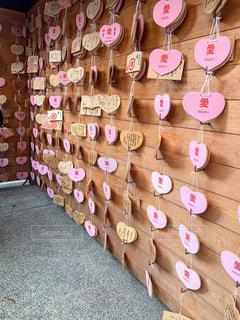 恋愛成就の神社にての写真・画像素材[2443677]