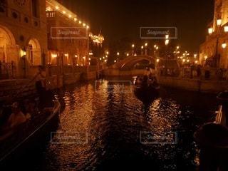 夜の都市の写真・画像素材[2446651]