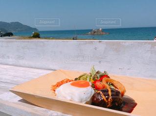 浜辺ランチの写真・画像素材[2451921]