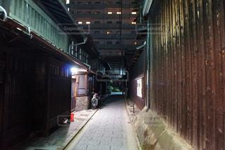 古都の夜更けの写真・画像素材[2449058]