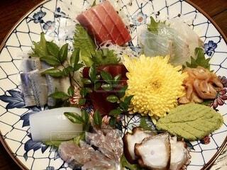 大皿に天然魚を盛り合わせ、大晦日の写真・画像素材[4026831]