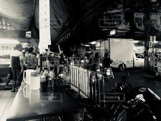 路地裏レストランの写真・画像素材[2463062]