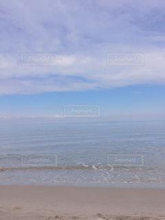 凪のサーフの写真・画像素材[2455116]