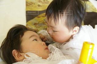 双子の赤ちゃん②の写真・画像素材[2452090]