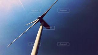 青い空と風車の写真・画像素材[2458514]