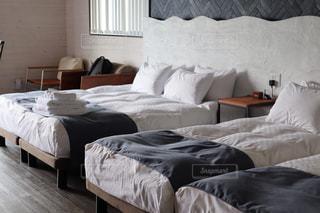 ベッドルームの写真・画像素材[2465568]