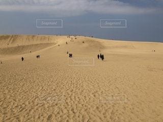 砂浜の果ての写真・画像素材[2465897]
