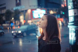 雨の日の女の写真・画像素材[1827456]
