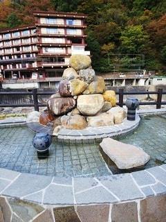 温泉街の噴水の写真・画像素材[3631865]