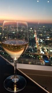 ワインを一杯飲むの写真・画像素材[3316579]