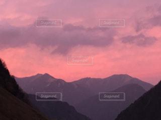 ピンクに染まるの写真・画像素材[2468405]