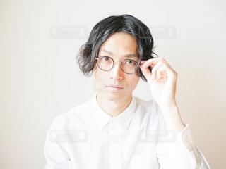 眼鏡をかけている人の写真・画像素材[2900511]