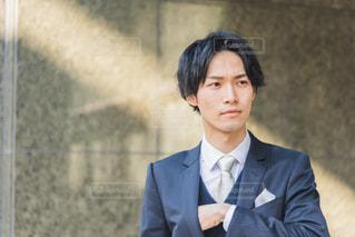 スーツを着た男性の写真・画像素材[3150284]