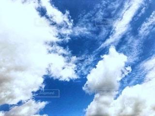 青空と曇の写真・画像素材[2609845]