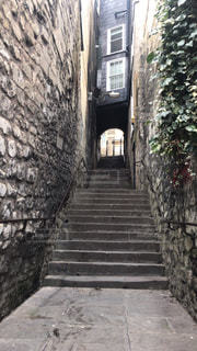 イギリス、バースの路地と石階段の写真・画像素材[2491209]