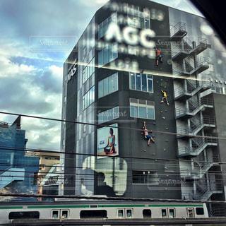 大きな建物の表示の写真・画像素材[777450]