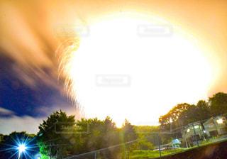 夜空のビックバンの写真・画像素材[2491871]
