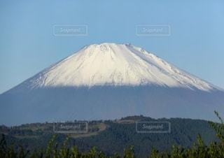 雪化粧の富士山の写真・画像素材[2646275]