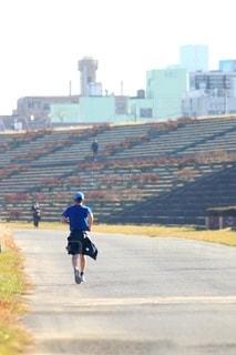 ジョギングをする人の写真・画像素材[2814589]
