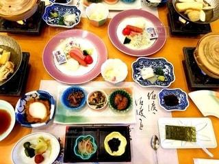 旅館の豪華な朝食の写真・画像素材[2890936]