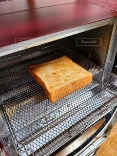 トースターとトーストの写真・画像素材[4393333]
