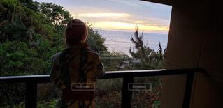 旅館から見た綺麗な夕焼けの写真・画像素材[2482964]