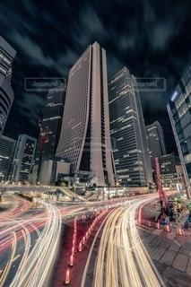 新宿損保ジャパンビルの写真・画像素材[2487635]