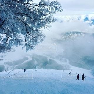 雪山ゲレンデの写真・画像素材[2489465]