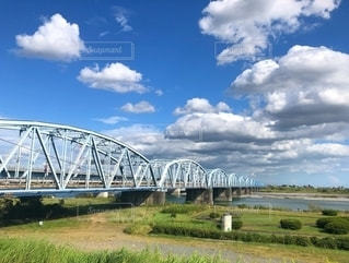 水域に架かる橋の写真・画像素材[2703094]