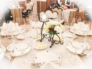 友人の結婚式のテーブルのセッティング。の写真・画像素材[2609734]
