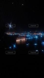 夜のフライト✈️の写真・画像素材[2491880]