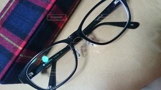 メガネとメガネケースの写真・画像素材[2495492]