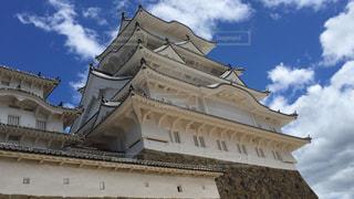 大きな石造りの建物の写真・画像素材[2498253]