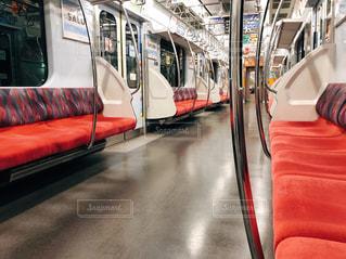 地下鉄の列車に誰も乗っていませんでしたー!の写真・画像素材[2496598]